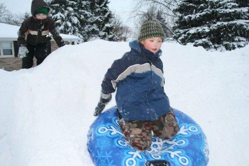 sam-sledding1